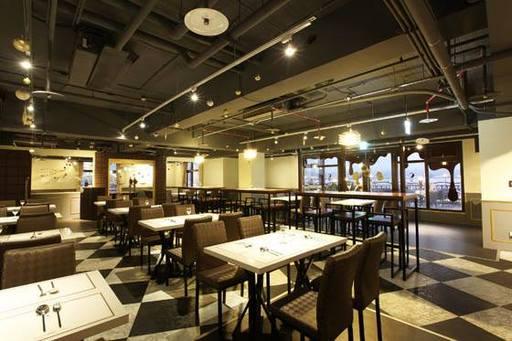 開放式空間符合資格者,享有WIFI、飲品餐點優惠等好康。