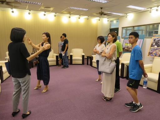 於迎賓廳製作看板說明 以協助家長及學生更加了解CTBC International Academy精神理念