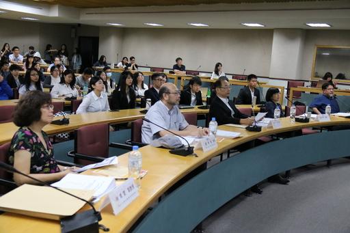 東吳大學社會學系「新世代」暨「社會研究方法」成果發表會邀請專家學者講評