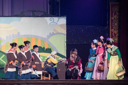 佳音英語劇團2017年全英語音樂劇「Mulan花木蘭」8月26日於中原大學加演一場。劇團13年來已在全台73個鄉鎮完成131場次演出,締造14萬人次觀賞英語劇紀錄。