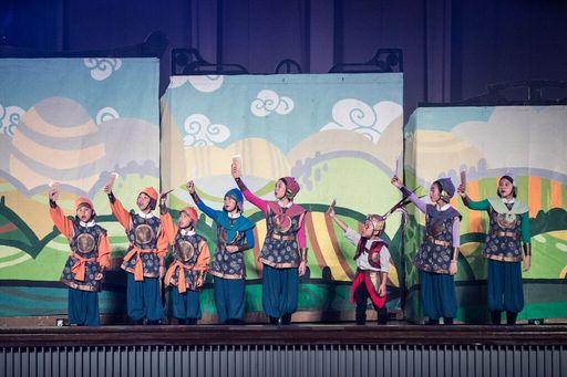 佳音英語劇團2017年全英語音樂劇「Mulan花木蘭」8月26日於中原大學加演一場,並進行首次直播活動,來自全球的觀眾熱情觀賞,共累積8000個觀看次數。