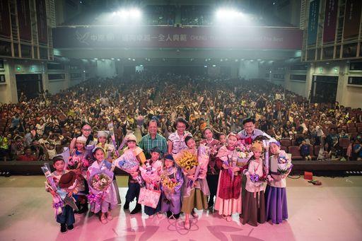 佳音英語劇團2017年全英語音樂劇「Mulan花木蘭」,今年在全台進行5場巡演,場場爆滿,一票難求。