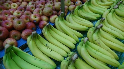 新農業循環經濟與生技研發旨在提升農產品的附加價值,例如香蕉就能從內到外完全運用。(義守大學提供)