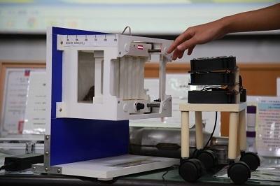 遠東科大台北發明展作品「多功能壁掛式風力發電機」
