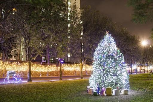 真理大學聖誕點燈,夜晚的校園燦爛炫目