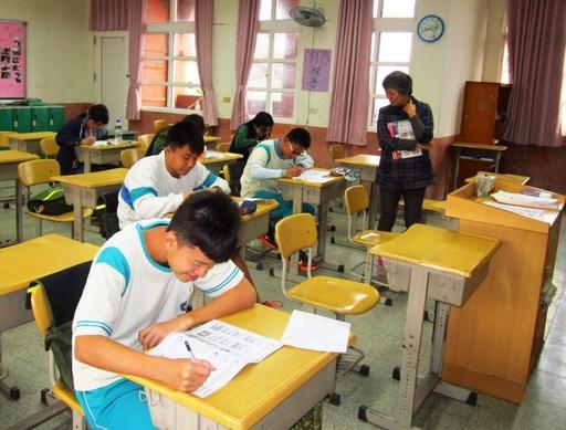 英文補救教學班老師關心學生練習試題