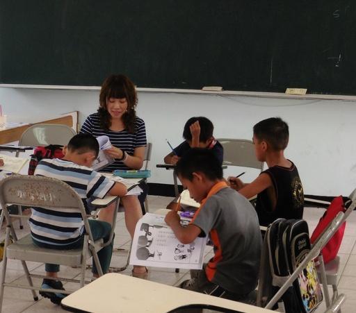 加拿國小-文章閱讀快樂學國語