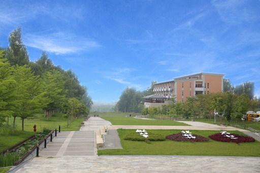 南華大學蟬聯世界綠色大學百大學校,圖為南華大學九品蓮華大道