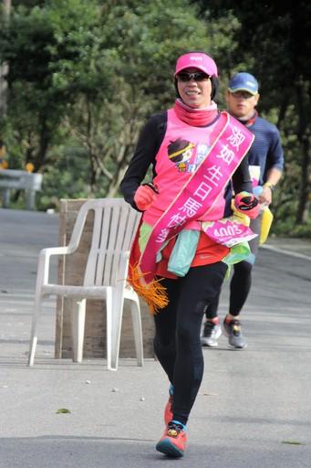 來自希望RUN路跑團的莊淑如,今年選擇以跑步來為自己慶生!