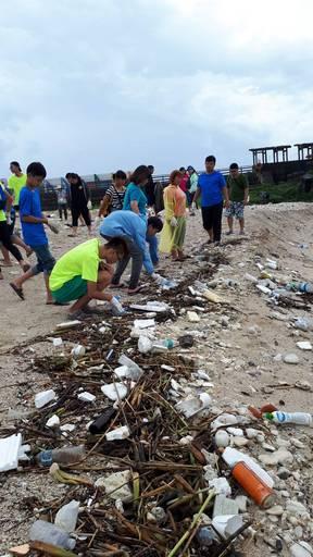 屏東縣公私協力復原小琉球美麗海岸灘