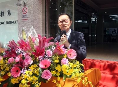龍華科大孫道亨董事長感謝教育部支持,強調人才培育對產業的重要性。