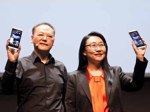 HTC Chairwoman Cher Wang (right) and CEO Peter Chou.