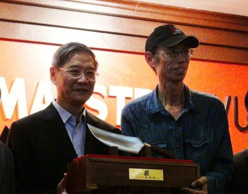 Zhang Zhijun (張志軍), left.