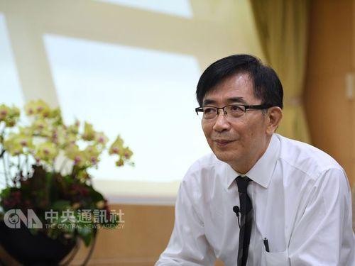 Transport and Communications Minister Wu Hong-mo (吳宏謀)
