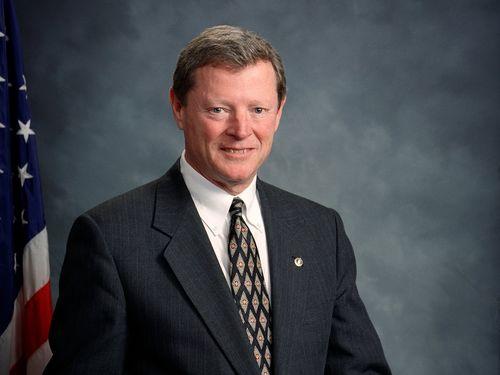 Jim Inhofe (Image taken from Wikimedia Commons)