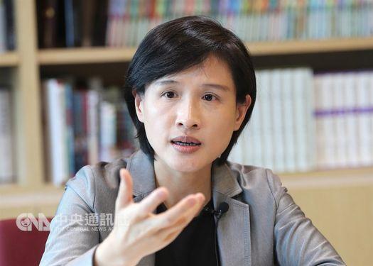 Minister of Culture Cheng Li-chiun (鄭麗君)