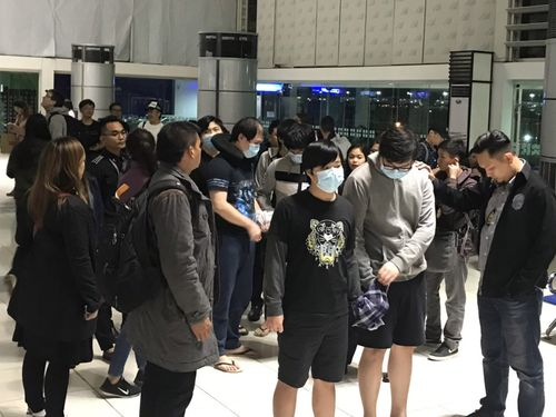 Taiwanese fraud suspects awaiting deportation at Manila International Airport (Photo courtesy of airport personnel)