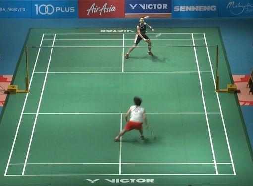 Tai Tzu-ying (戴資穎, back) and Akane Yamaguchi (front) / Still image taken from BA Malaysia YouTube