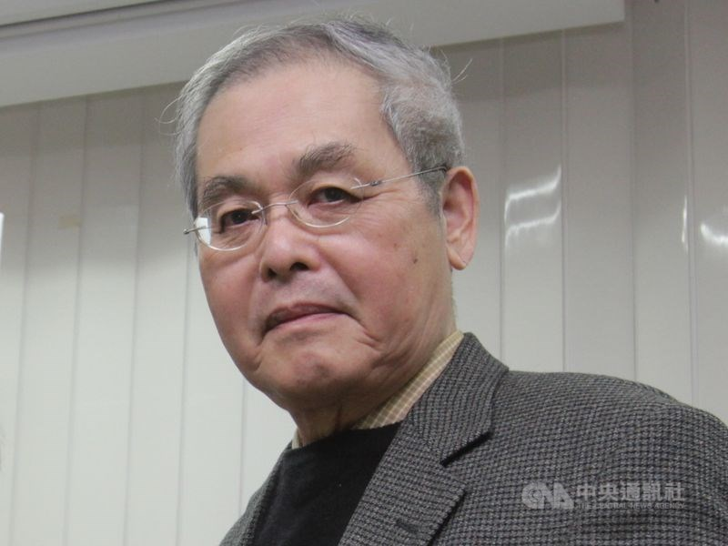 Taiwanese poet Yang Mu (楊牧)