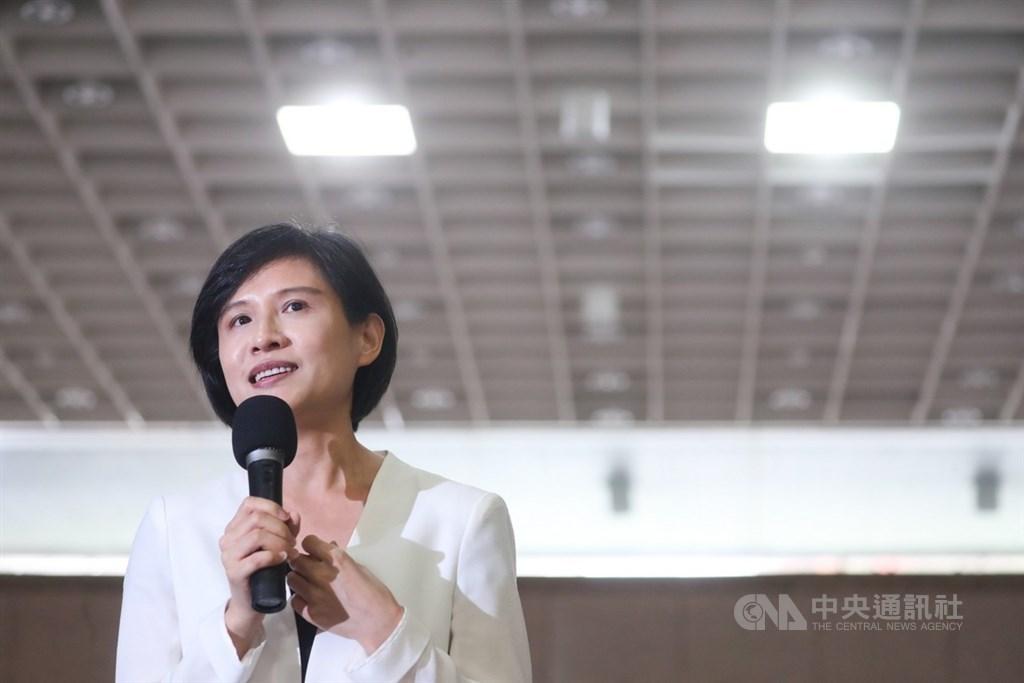 Culture Minister Cheng Li-chiun (鄭麗君)