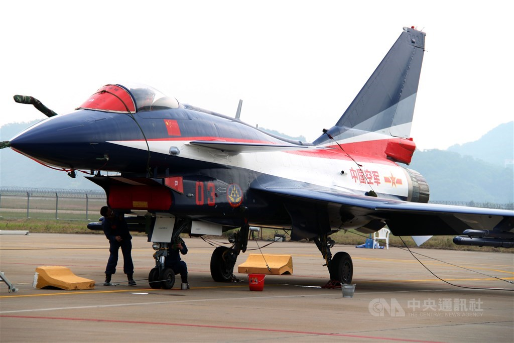 A Chengdu J-10 fighter jet was pictured at the 2010 Airshow China. / CNA file photo