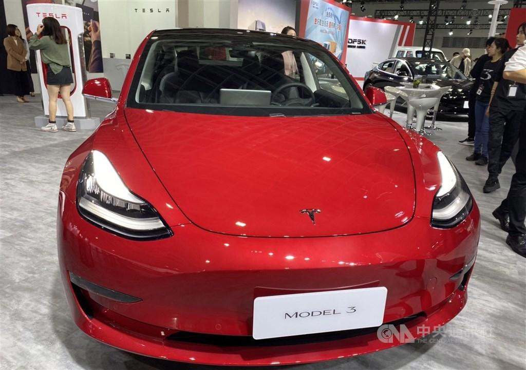 A Tesla Model 3. / CNA file photo
