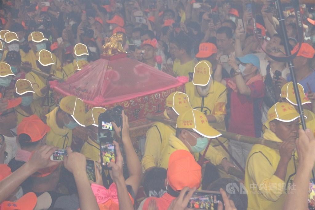 Worshippers carrying Matsu