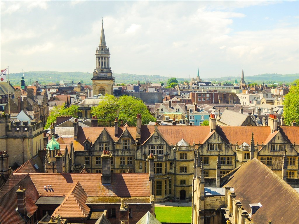 A view of Oxford City / Image taken from Pixabay
