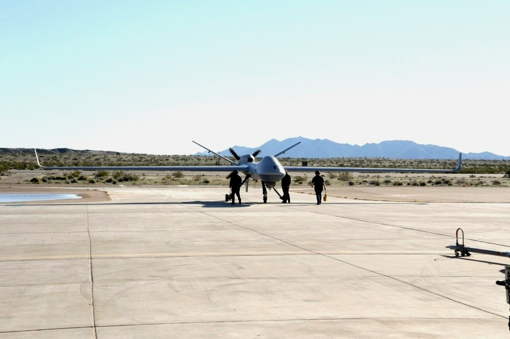 Ab MQ-9B Sky Guardian / Image taken from Wikimedia Commons (Source: https://www.dvidshub.net/image/5389710/game-changing-unmanned-aircraft-tested-us-army-yuma-proving-ground)