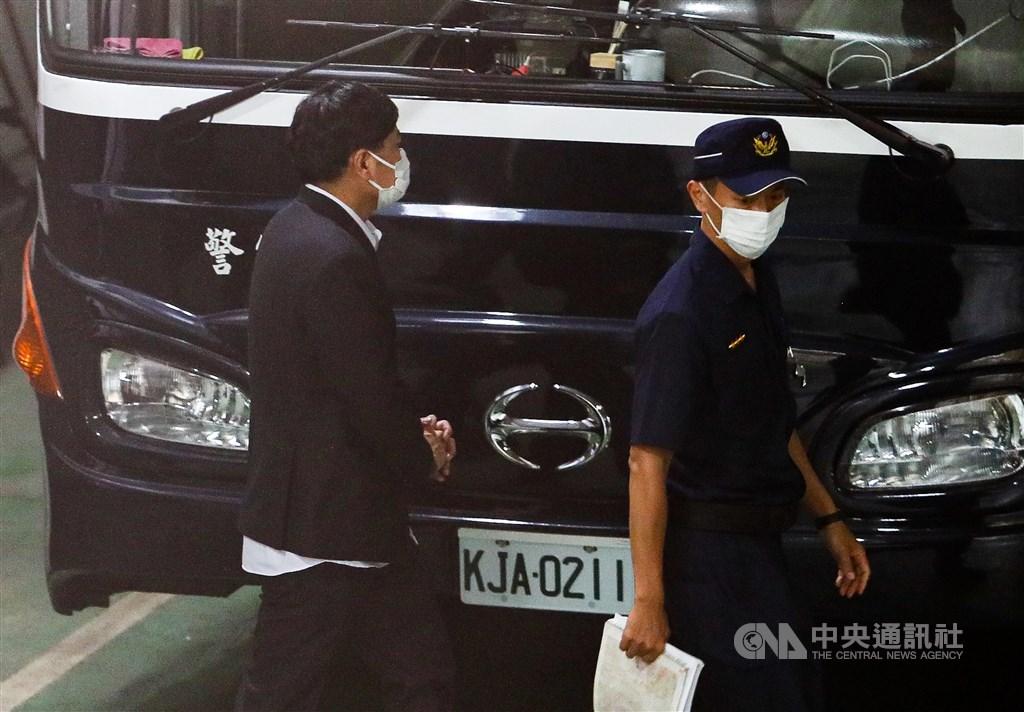 Chao Cheng-yu (left). CNA photo Aug. 8, 2020