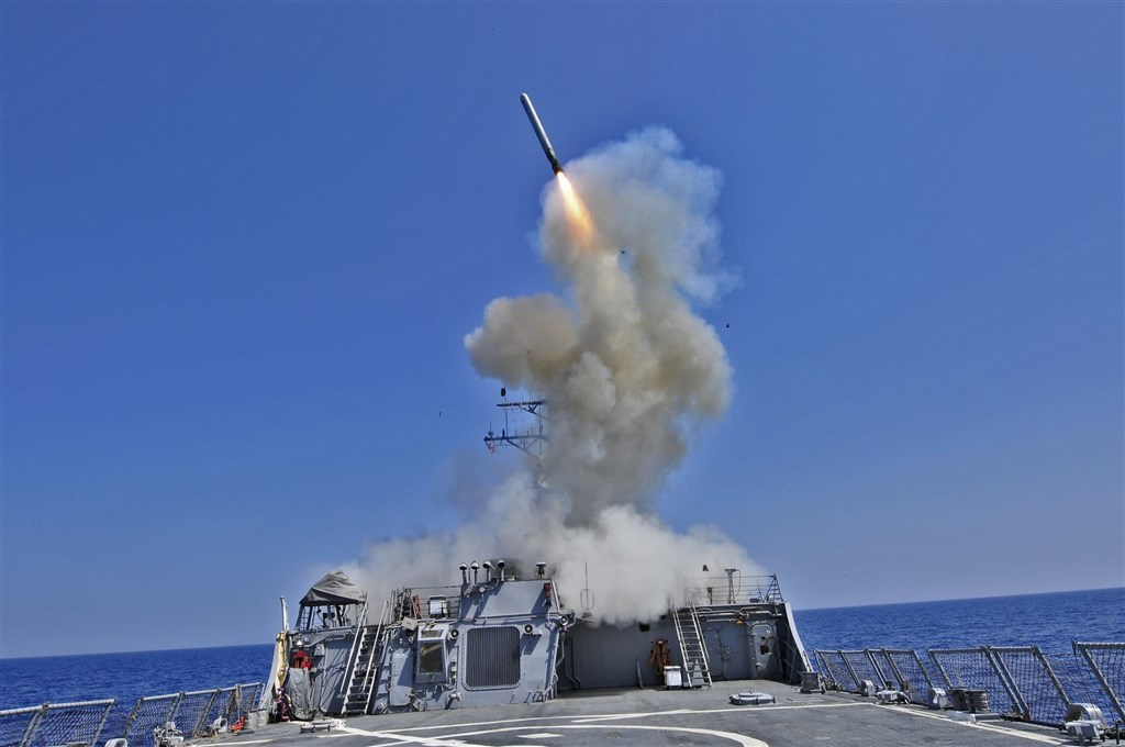 The Arleigh Burke-class guided-missile destroyer USS Barry launches a Tomahawk cruise missile. (U.S. Navy photo by Petty Officer 3rd Class Jonathan Sunderman)
