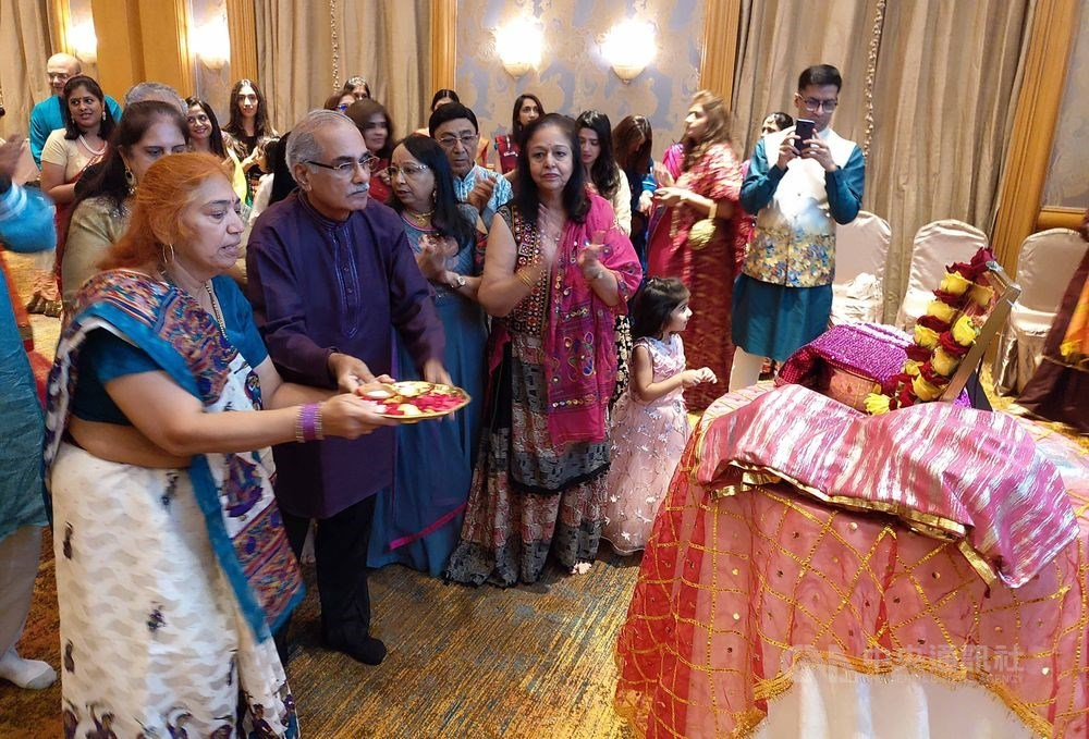 The Indian community in Taiwan celebrates the Navratri Festival on Saturday / CNA photo Oct. 24, 2020
