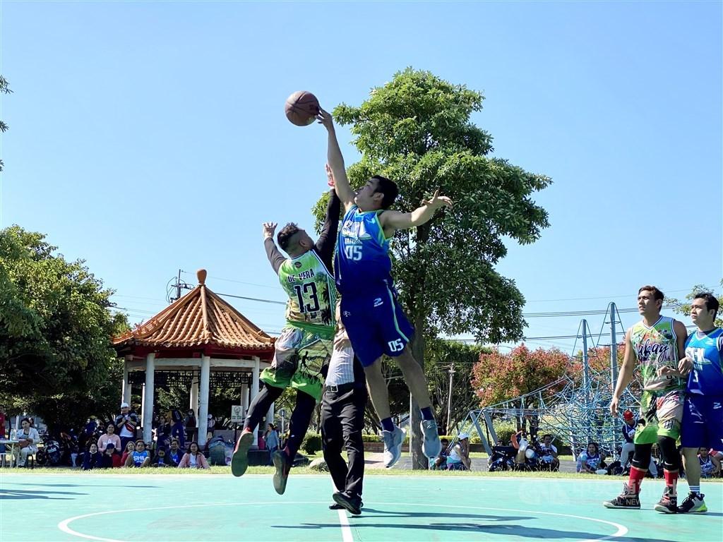 Kalinga Basketball League Nankan 2020 opening game SHL Taoyuan vs. Lakay Taoyuan. CNA photo Oct. 25, 2020