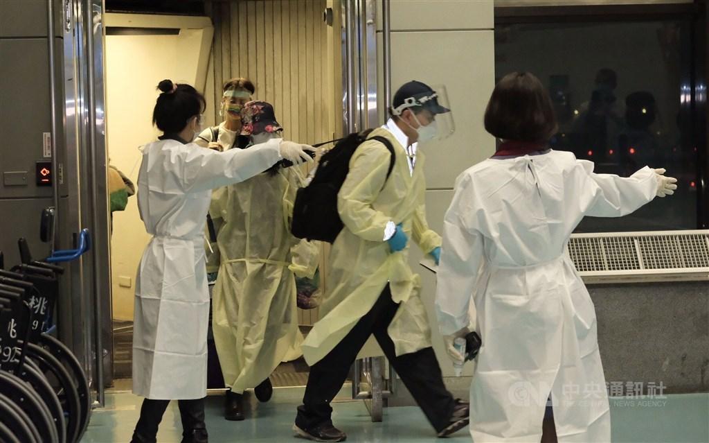Passengers arrive at Taiwan Taoyuan International Airport. CNA file photo