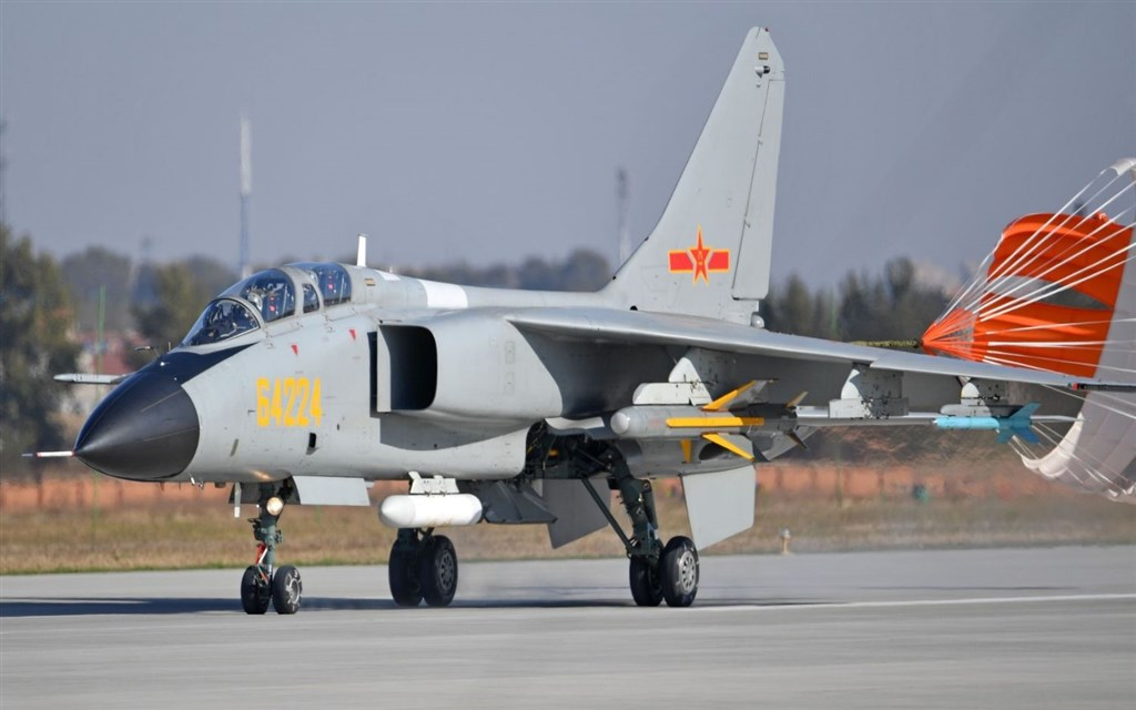 A JH-7 fighter-bomber. Photo courtesy of the Ministry of National Defense