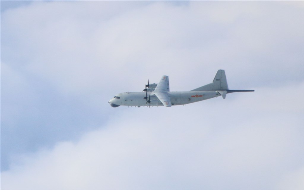 A PLA Y-8 anti-submarine plane. Photo courtesy of the Ministry of National Defense