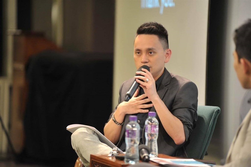 Simon Shen. Image taken from his Facebook page (facebook.com/shensimon)