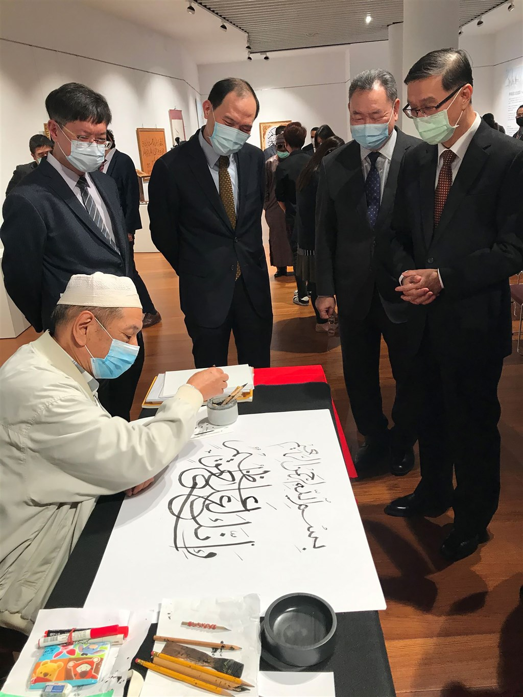 Exhibition offering glimpse into Muslim world opens in Taipei