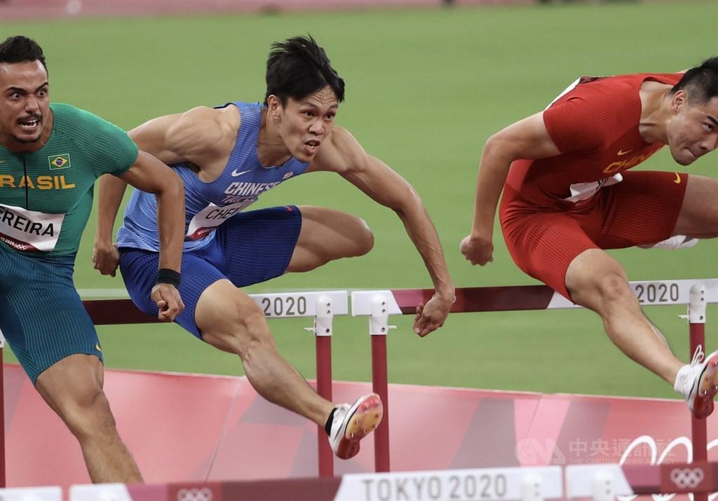 Chen Kuei-ru (in blue). CNA photo Aug. 3, 2021