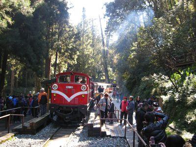 阿里山鉄道・神木線、8ヵ月ぶり再開