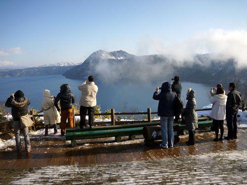 北海道の観光バス不足問題で日本側、台湾向け窓口設置へ