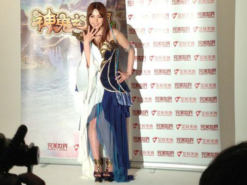 AV女優・波多野結衣  携帯ゲームのイメージキャラクターに/台湾