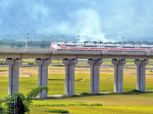 台東線電化で時間短縮・輸送力アップ