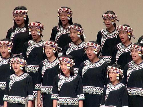 台湾先住民の児童合唱団、東京公演で震災復興を応援