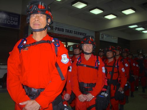 <ネパール地震>台湾の救援隊らがカトマンズ到着  医療や物資援助へ