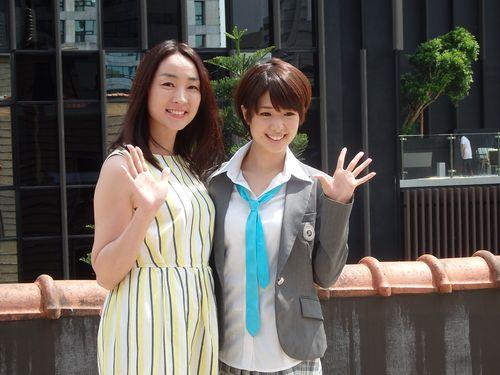 森田亜紀(左)と川上奈々美