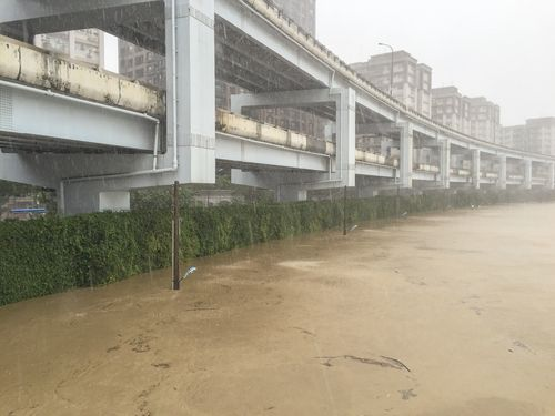 台風13号直撃の台湾  4人死亡4人不明