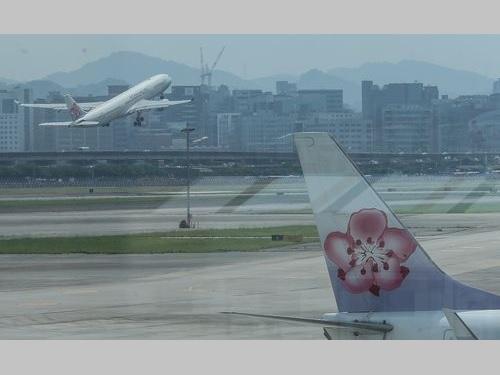 中華航空、トランスアジア路線引き継ぎは「段階的に」/台湾