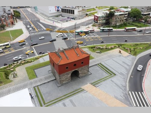 台北市の北門広場が供用開始  歴史の息吹を感じる空間に/台湾