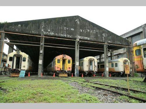 台北機廠内の「客車工場」=文化部提供
